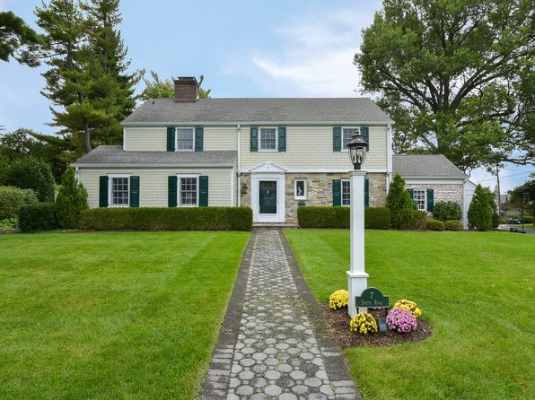 3 bed 3 bath Single Family at 7 South Rd Bronxville, NY, 10708 is for sale at 1.80m - 1 of 12