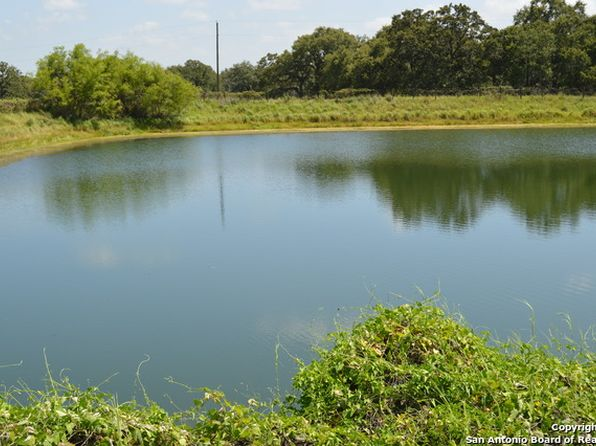2 bed 2 bath Single Family at 2311 BENTWOOD DR FLORESVILLE, TX, 78114 is for sale at 495k - 1 of 25