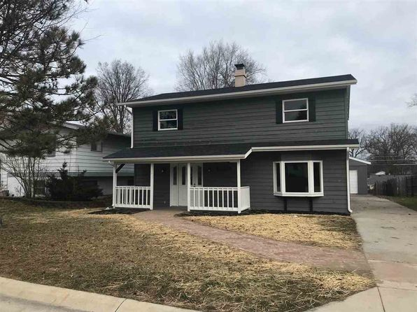 4 bed 2 bath Single Family at 1223 GLENWOOD AVE FORT WAYNE, IN, 46805 is for sale at 130k - 1 of 19