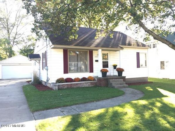 3 bed 2 bath Single Family at 3374 Barrett Ave SW Grandville, MI, 49418 is for sale at 160k - 1 of 14