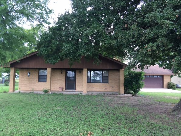 3 bed 2 bath Single Family at 817 Kirkham Rd La Grange, TX, 78945 is for sale at 350k - 1 of 25