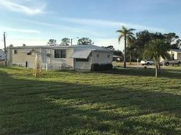 2 bed 2 bath Single Family at 27300 RUE VIAUV AVE BONITA SPRINGS, FL, 34135 is for sale at 95k - 1 of 9