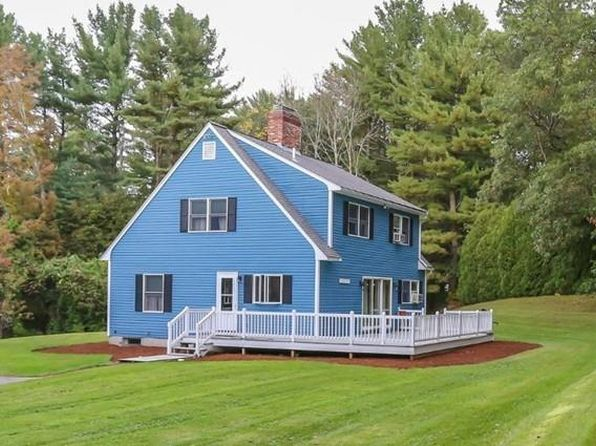 3 bed 2 bath Single Family at 65 Center St Groveland, MA, 01834 is for sale at 429k - 1 of 27