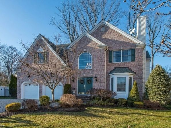 4 bed 3.5 bath Single Family at 601 Bridle Path Wyckoff, NJ, 07481 is for sale at 1m - 1 of 18