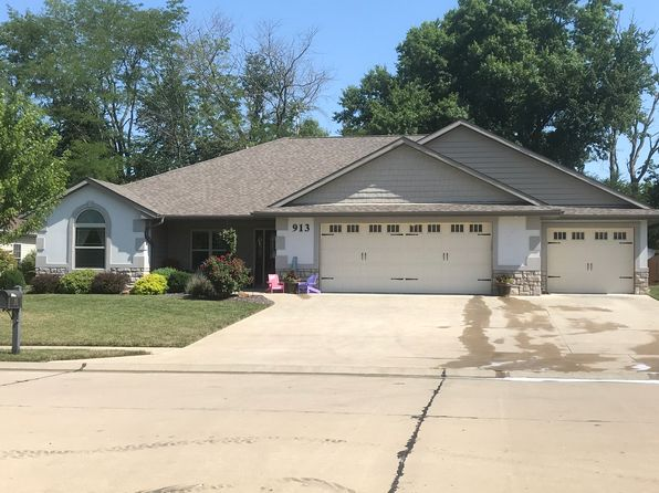 5 bed 3 bath Single Family at 913 Fox Run Moberly, MO, 65270 is for sale at 290k - 1 of 30