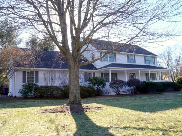 4 bed 3 bath Single Family at 33 OAKWOOD CIR AMHERST, MA, 01002 is for sale at 485k - 1 of 24