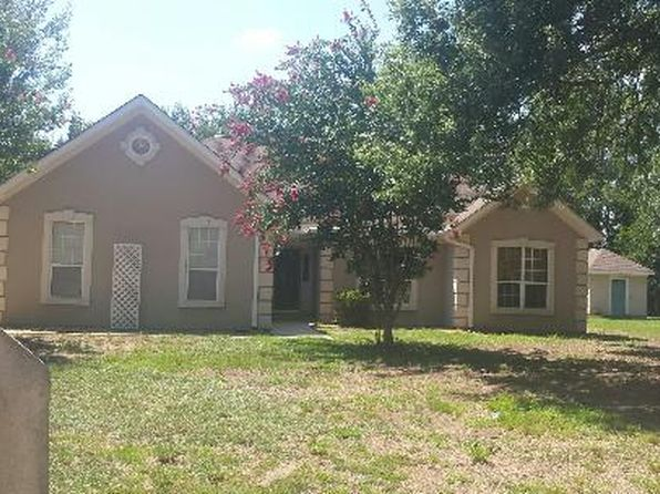 3 bed 2 bath Single Family at 105 N Gala Ct Bonaire, GA, 31005 is for sale at 158k - 1 of 32