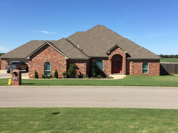 4 bed 3 bath Single Family at 116 Riverview Dr Clinton, OK, 73601 is for sale at 379k - 1 of 25