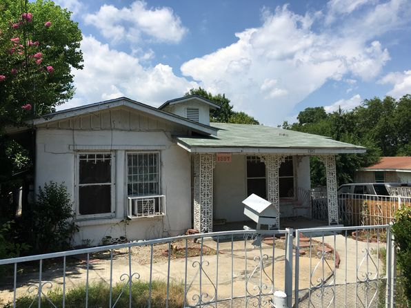 4 bed 2 bath Multi Family at 1307 Ruiz St San Antonio, TX, 78207 is for sale at 60k - 1 of 18