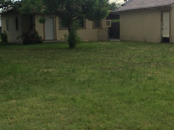 2 bed 1 bath Single Family at 300 E Broadway Panhandle, TX, 79068 is for sale at 33k - 1 of 15