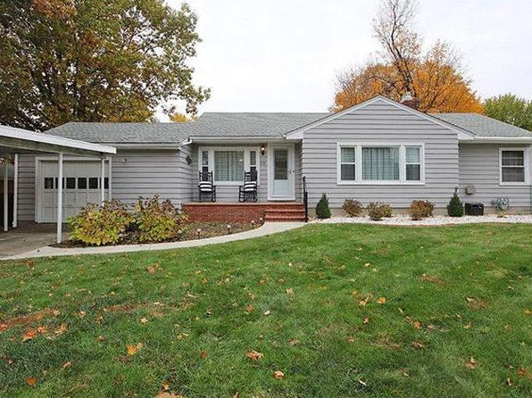 3 bed 2 bath Single Family at 214 Westwood Pl East Alton, IL, 62024 is for sale at 135k - 1 of 14