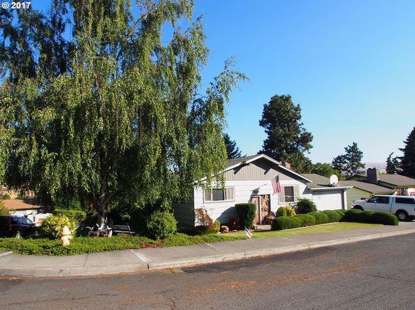 4 bed 2 bath Single Family at 1929 Garrison St The Dalles, OR, 97058 is for sale at 349k - 1 of 16