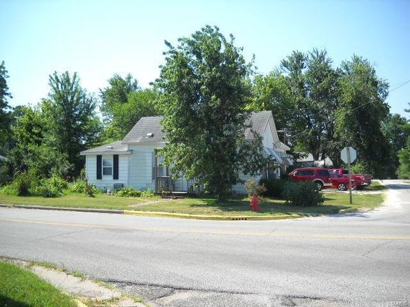 3 bed 2 bath Single Family at 200 W LOCUST ST FIELDON, IL, 62031 is for sale at 43k - 1 of 2
