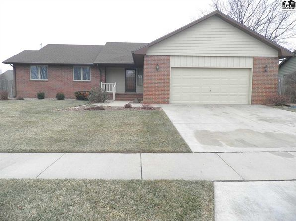 3 bed 2 bath Single Family at 1313 E 19th Ave Hutchinson, KS, 67502 is for sale at 195k - 1 of 21