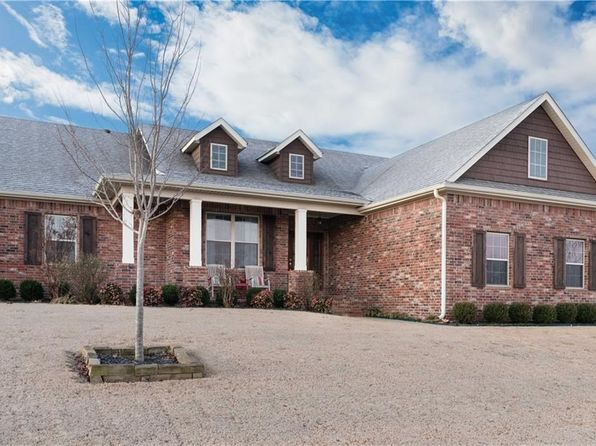 4 bed 2 bath Single Family at 201 TUSCANY ST LOWELL, AR, 72745 is for sale at 235k - 1 of 24