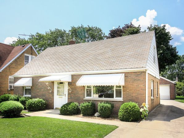 3 bed 2 bath Single Family at 7908 N Waukegan Rd Niles, IL, 60714 is for sale at 275k - 1 of 26