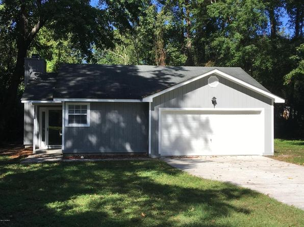 3 bed 2 bath Single Family at 400 Hidden Valley Rd Wilmington, NC, 28409 is for sale at 165k - 1 of 7
