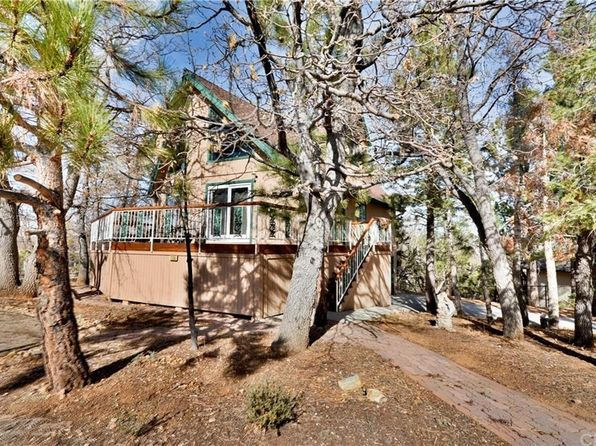 3 bed 3 bath Single Family at 1335 La Crescenta Dr Big Bear, CA, 92314 is for sale at 470k - 1 of 23