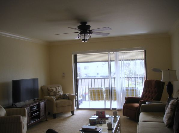 2 bed 2 bath Condo at 11540 CARAVEL CIR FORT MYERS, FL, 33908 is for sale at 189k - 1 of 6