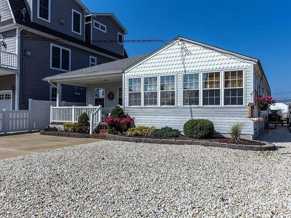 3 bed 2 bath Single Family at 112 Sprague Ave Seaside Park, NJ, 08752 is for sale at 485k - 1 of 26