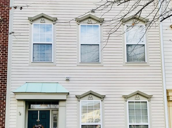 3 bed 3 bath Townhouse at 26149 Nimbleton Sq Chantilly, VA, 20152 is for sale at 450k - 1 of 3