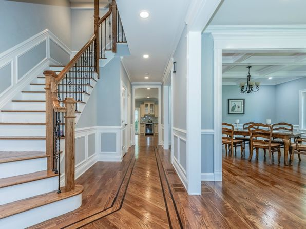 4 bed 5 bath Single Family at 1718 Florida St Westfield, NJ, 07090 is for sale at 1.01m - 1 of 45