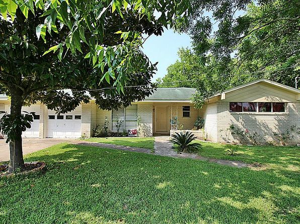 3 bed 2 bath Single Family at 1806 W Texas Ave Baytown, TX, 77520 is for sale at 149k - 1 of 24