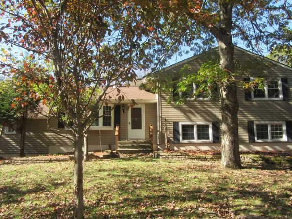 3 bed 2 bath Single Family at 37 Tobin Dr Clinton Corners, NY, 12514 is for sale at 265k - 1 of 22