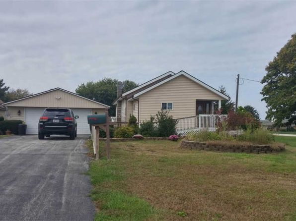 2 bed 2 bath Single Family at 20411 E 950th St Geneseo, IL, 61254 is for sale at 250k - 1 of 19