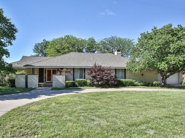 3 bed 3 bath Single Family at 2909 W River Park Dr Wichita, KS, 67203 is for sale at 240k - 1 of 28