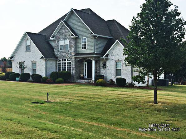 4 bed 3 bath Single Family at 76 Farmington Cv Lexington, TN, 38351 is for sale at 300k - google static map