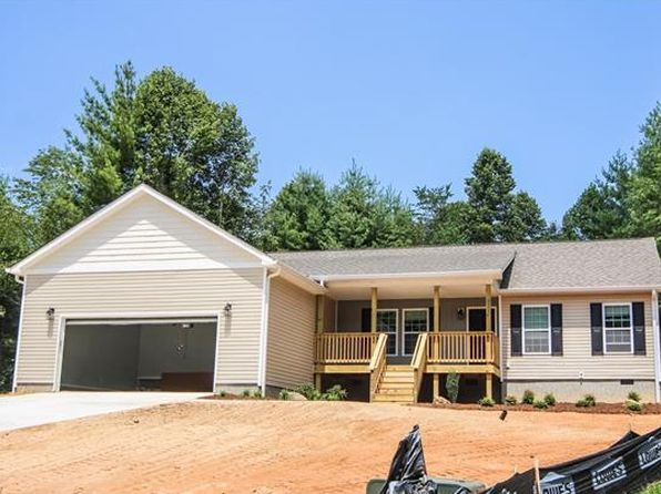 3 bed 2 bath Single Family at 231 Northwoods Trl Hendersonville, NC, 28792 is for sale at 259k - 1 of 9