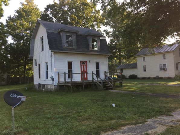 2 bed 1 bath Single Family at 108 E Lincoln Reading, MI, 49274 is for sale at 32k - 1 of 17