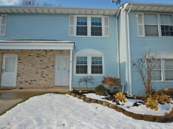 2 bed 2 bath Townhouse at 82 Cliffwood Ave Aberdeen, NJ, 07747 is for sale at 220k - 1 of 20