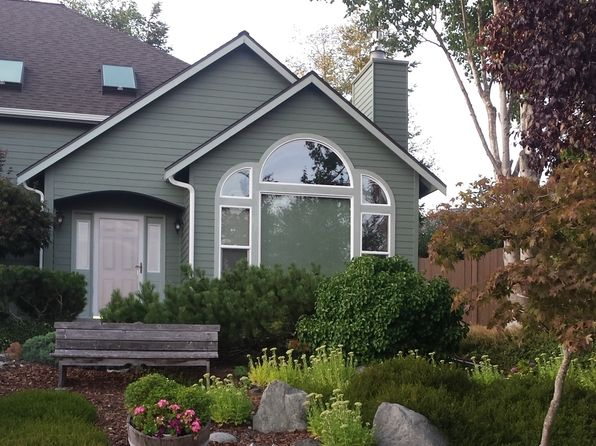 3 bed 3 bath Single Family at 1174 SW Klickitat Ter Oak Harbor, WA, 98277 is for sale at 380k - 1 of 31