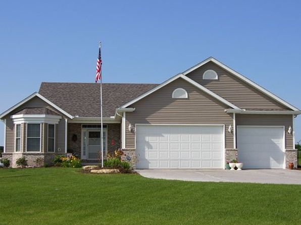 4 bed 3 bath Single Family at 414 Fence Line Dr Blue Grass, IA, 52726 is for sale at 335k - 1 of 27