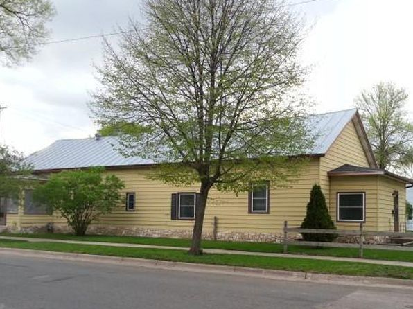 2 bed 1 bath Multi Family at 503 Liberty St La Crosse, WI, 54603 is for sale at 95k - 1 of 15