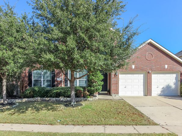 4 bed 3 bath Single Family at 5145 Comstock Cir Fort Worth, TX, 76244 is for sale at 275k - 1 of 20