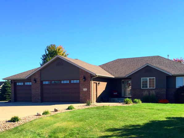 5 bed 4 bath Single Family at 27094 Trail Ridge Ct Harrisburg, SD, 57032 is for sale at 430k - 1 of 30