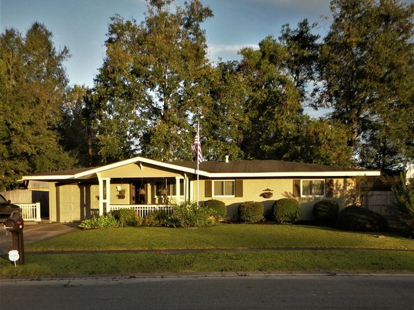 3 bed 2 bath Single Family at 452 Normandy Rd Lafayette, LA, 70503 is for sale at 165k - 1 of 26