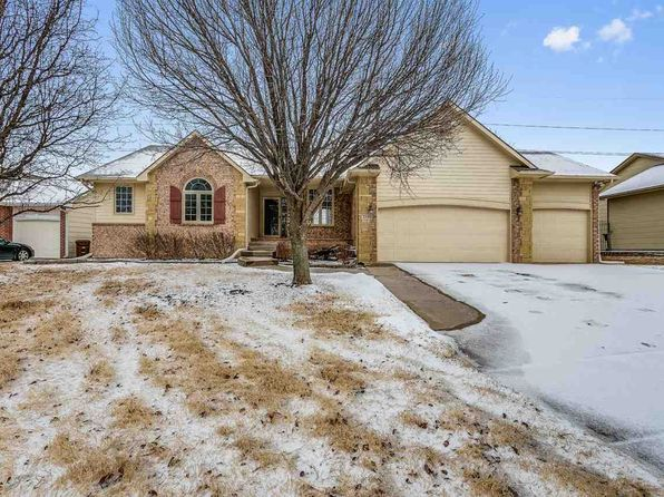 5 bed 3 bath Single Family at 2140 S Beech St Wichita, KS, 67207 is for sale at 200k - 1 of 36