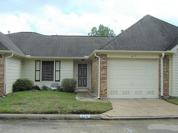 2 bed 2 bath Townhouse at 615 E Country Grove Cir Pearland, TX, 77584 is for sale at 95k - 1 of 31