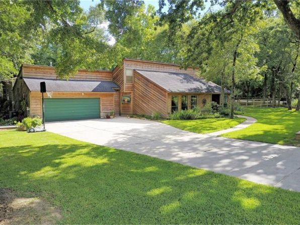 4 bed 4 bath Single Family at 2111 Llano Ct Conroe, TX, 77384 is for sale at 250k - 1 of 29