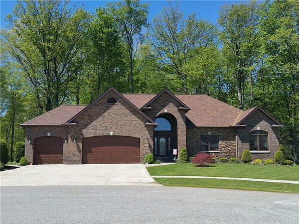 3 bed 3 bath Single Family at 4896 N Wayside Dr Erie, PA, 16505 is for sale at 450k - 1 of 25