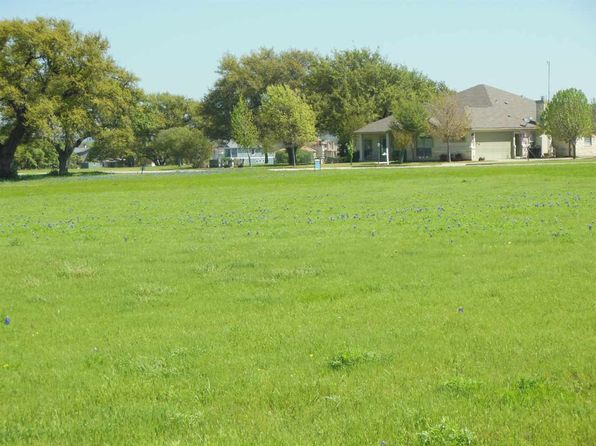null bed null bath Vacant Land at 106 Rangeway Cir Kingsland, TX, 78639 is for sale at 36k - 1 of 16