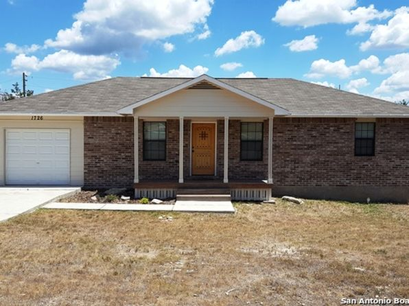3 bed 2 bath Single Family at 1726 OBLATE DR CANYON LAKE, TX, 78133 is for sale at 175k - 1 of 15
