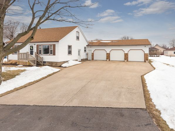 3 bed 3 bath Single Family at 109 5th Ave Colona, IL, 61241 is for sale at 160k - 1 of 24