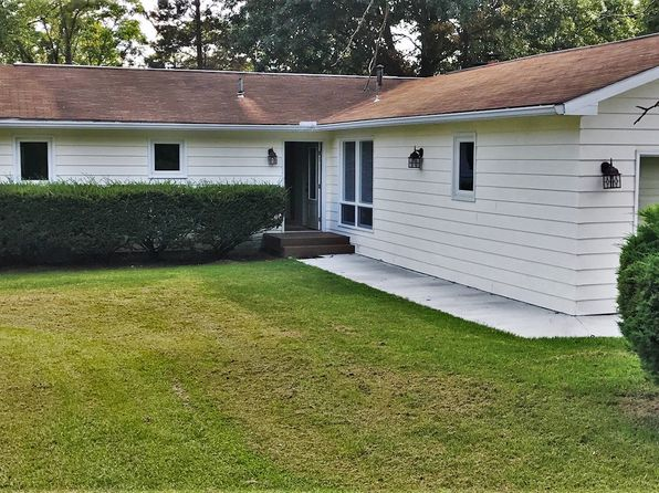 4 bed 3 bath Single Family at 147 Edgewood Dr Ravenswood, WV, 26164 is for sale at 200k - 1 of 20