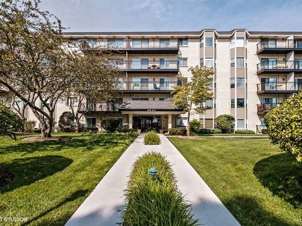2 bed 2 bath Condo at 8640 Waukegan Rd Morton Grove, IL, 60053 is for sale at 150k - 1 of 10