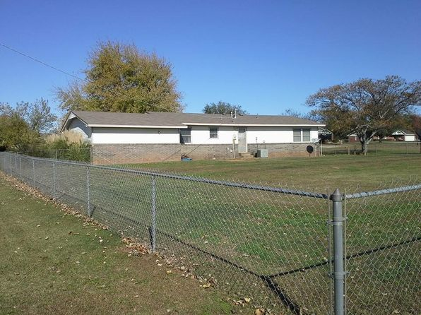 3 bed 2 bath Single Family at 1235 County Road 1355 Chickasha, OK, 73018 is for sale at 90k - 1 of 13